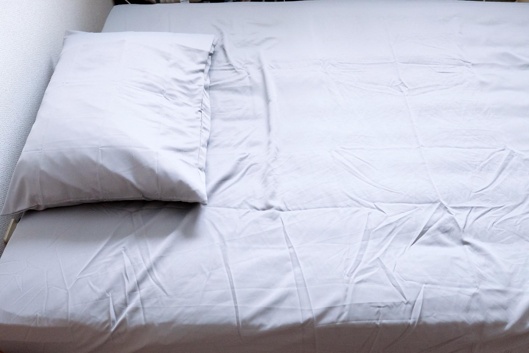 ボックス エア シーツ リズム ユニクロのエアリズム寝具で極上の眠りを!やみつきになるサラサラな肌触り